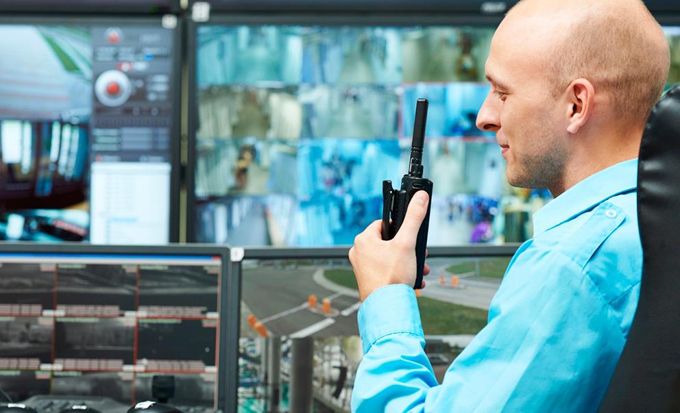 Como é feito um sistema de monitoramento por câmeras?