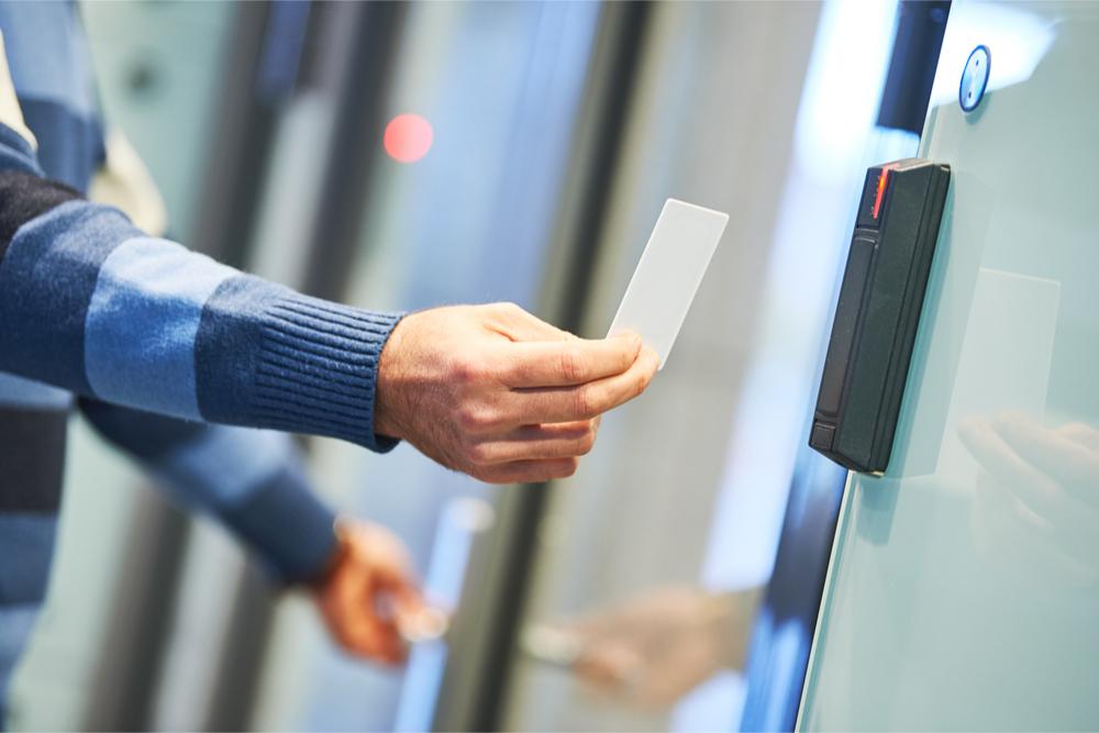 Controle de acesso físico: é suficiente?